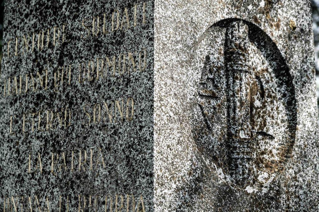 obelisk friedhof 2 serie -6311